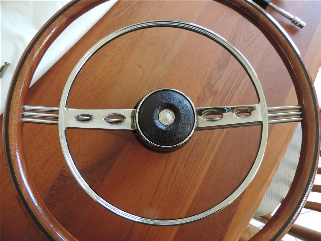 Re-furbished Alpine / Tiger Wooden Steering Wheel